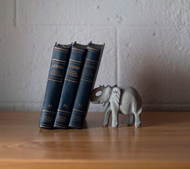 Держатель для книг Trunk book